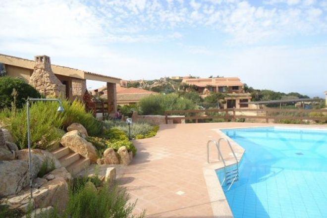North sardinia all in sardinia holiday houses sardinia - Residence con piscina sardegna ...