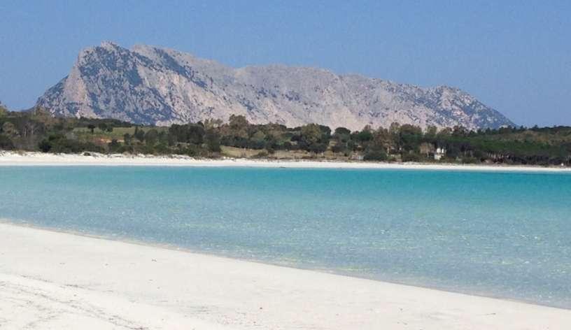 La Cinta spiaggia a 7 km.